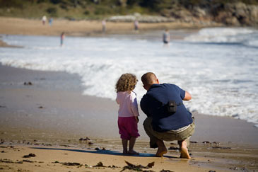 FatherandDaughteronthebeach