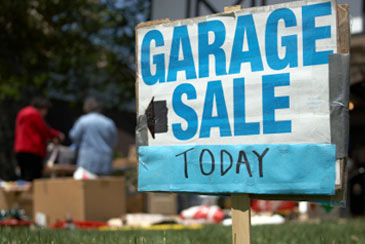 Garage,YardSale