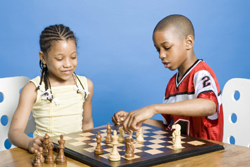Childrenplayingchess