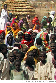Refugees in Menawashi, Darfur