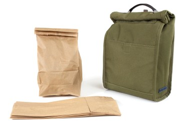 Green school lunch ideas, brown bag lunch vs reusable bag