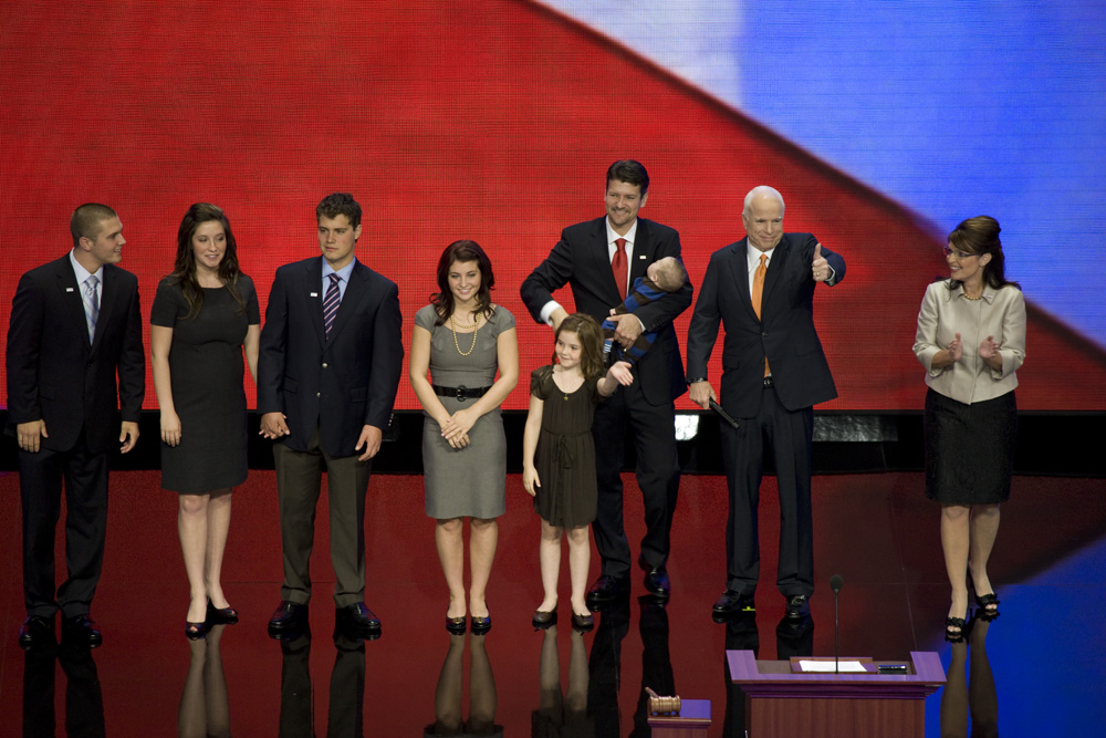 Palin family celebrate with McCain