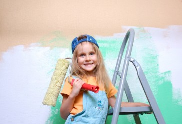 SummerSurvivalTips,GirlPaintingBedroom