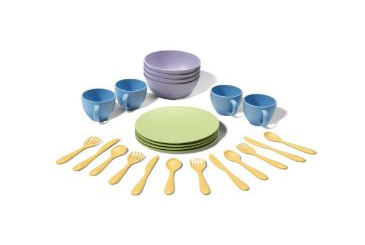 Best Toys Made in the USA, Green Toys recycled dish set