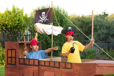 Children,Boyspretendingtobepirates