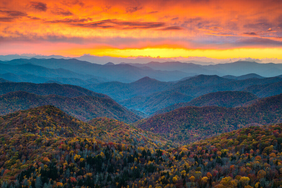Image of fall sunset at Blue Ridge Park