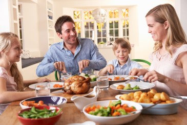 Thoughtful Mothers Day gift, family dinner made for mom