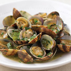 Pan-fried Clams with Parsley and Garlic photo