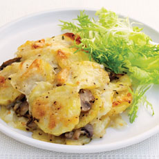 Cheesy Potato and Mushroom Gratin photo