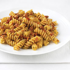 Pasta with Sun-dried Tomato Pesto photo
