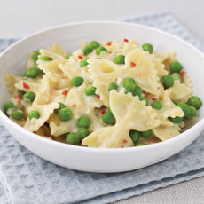 Pasta with Pecorino and Peas photo