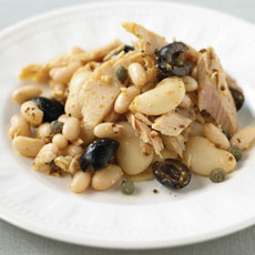 Tuna and White Beans with Olives photo
