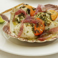 Grilled Scallops with Prosciutto and Lime photo