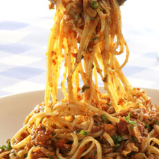 Linguine with Tomato Clam Sauce photo