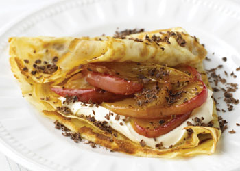 Crepes with Caramelized Apples and Chocolate