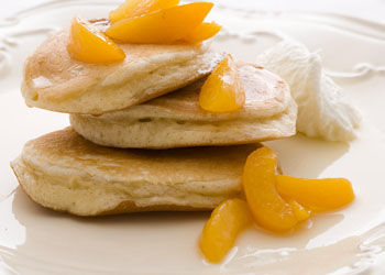 Cinnamon Pancakes with Apricots