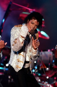 highest earning dead celebrity michael jackson performing in 1984