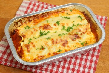 time saver, pan of lasagna
