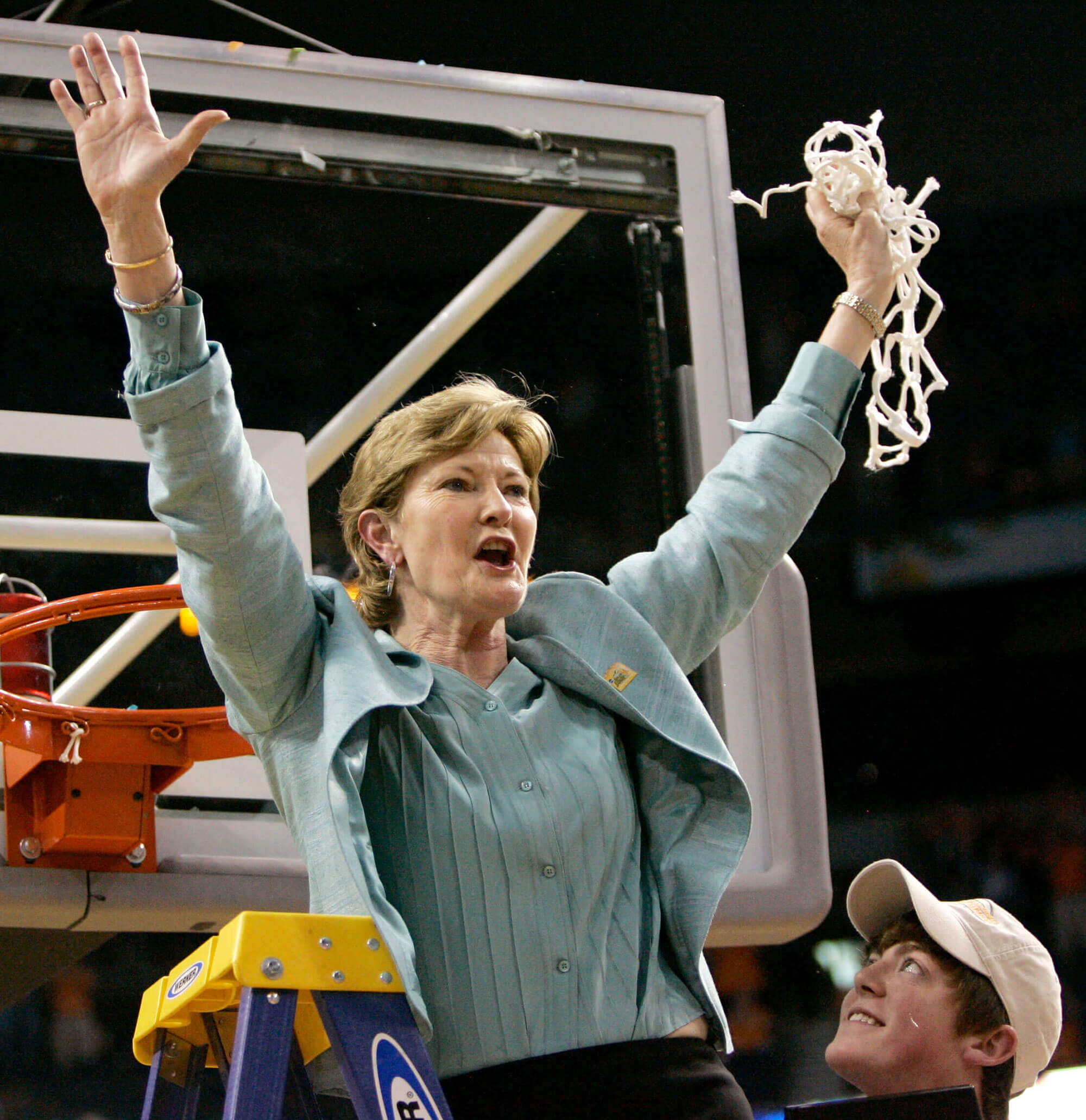 picture of Pat Summitt after a 2008 win against Stanford