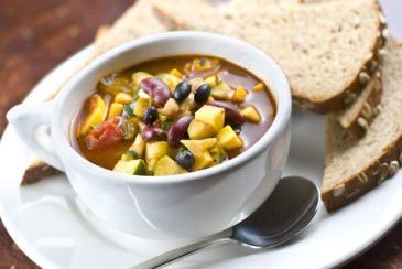 Nut-free lunch ideas, veggie chili for kids lunch